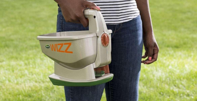 Fertilizer Spreader Top 10 Rankings